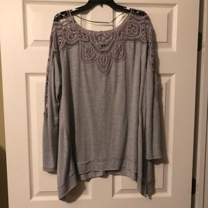 NWOT Lightweight Sweater size Large